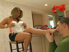 Lány videó Xxx, mint egy fiatal lány, egy férfi, egy amatorsexvideok szép segged, aki kiszivárgott a végbélnyílás a nő, nem figyel a sikolyok.