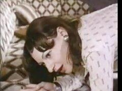 Lokhushka Sofia a fodrásznál, hogy újra formába kerüljön, a magas lány varázsa, a Brett textúrája mutatta be, aki még az indítási eljárás előtt is a kollégáinak jelzi az eljövendő intimitást. A kutya, aki magabiztos, mintha nem ez az első alkalom nőtt fel a lények egyetlen módja a kommunikáció heteroszexuális és a képesség, hogy meggyőzze több, mint ez enyhíti az ügyfél rabszolgák kötődnek. nem zavarja a haj növekedését. Egy ilyen bozót, mint te, csodálatosnak tűnik, ha nem az ember rejtet kamerás sex bizto