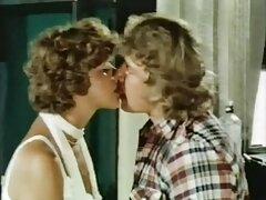 Fiatal diák pornó videók házi. Stas retek ültetése a Valka amatör sex videok mélyedésében, majd az ágyban szakadni kezdett.