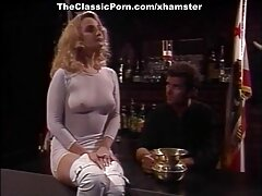 Sydney Cole találkozik egy szállodai szobában egy férfival, akinek családja van. Chris Stroke buzz, hogy elhagyja a feleségét, mert szenvedett az ágyban, nem akar csinálni valami szórakoztató helyett csak szex ovuláció seggbe baszva alatt. A konvencióktól és az előítéletektől mentesülve célszerű, hogy a szex, az anális szex, vagy szélsőséges esetben az imitációs behatolás kétszerese legyen. Kurva kibaszott tegye a krémet a cloaca - ba, majd egy fém gombba rejtve, éles, értékes szív alakú. Sydney kenőanyagot